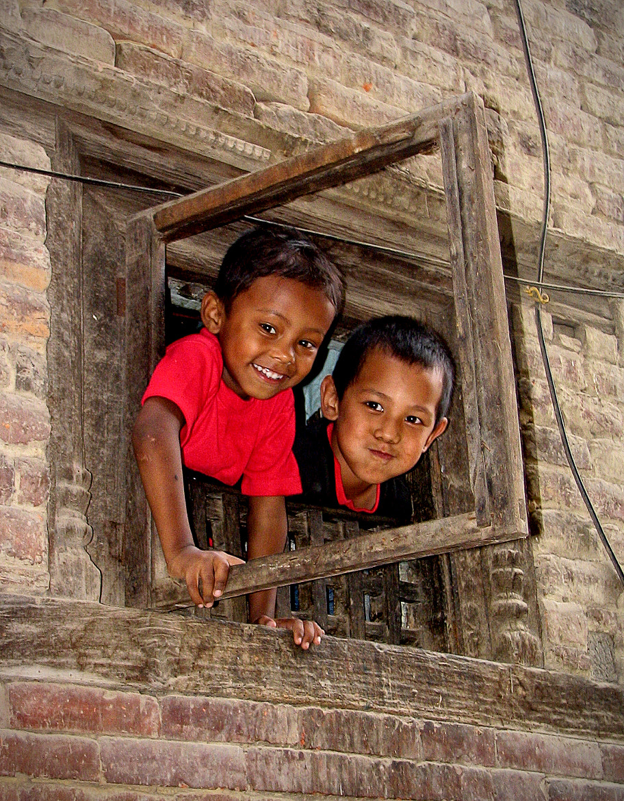 Photograph Children in Nepal by Isabella Queiroz on 500px