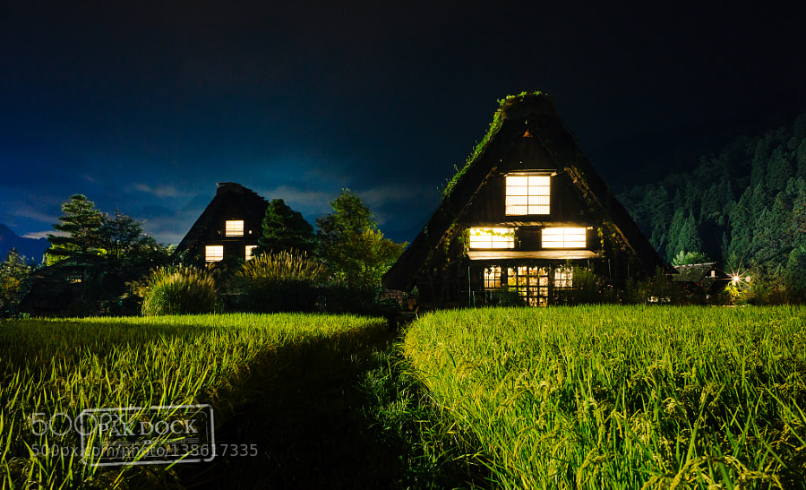 Shirakawa at night