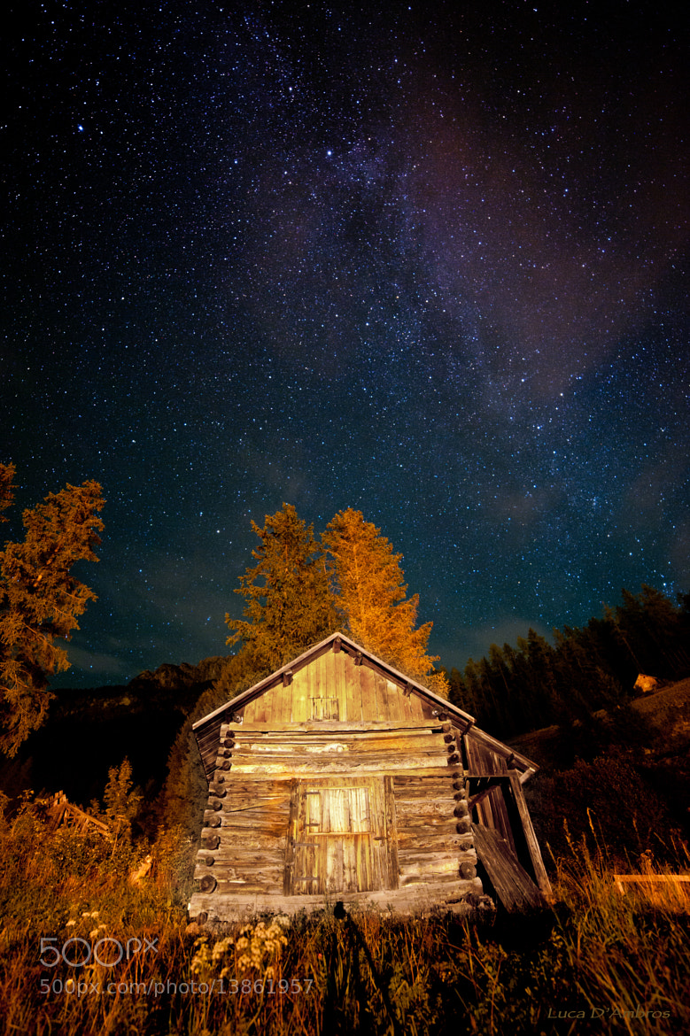 Photograph cottage in the stars by Luca D'Ambros on 500px