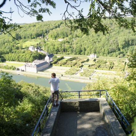 point de vue sur le château de Freyr