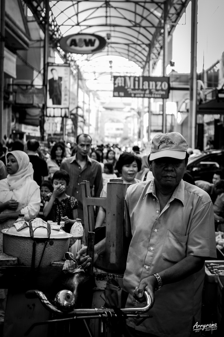 Photograph Atmosphere in Pasar Baroe by Arry Ramadhan on 500px