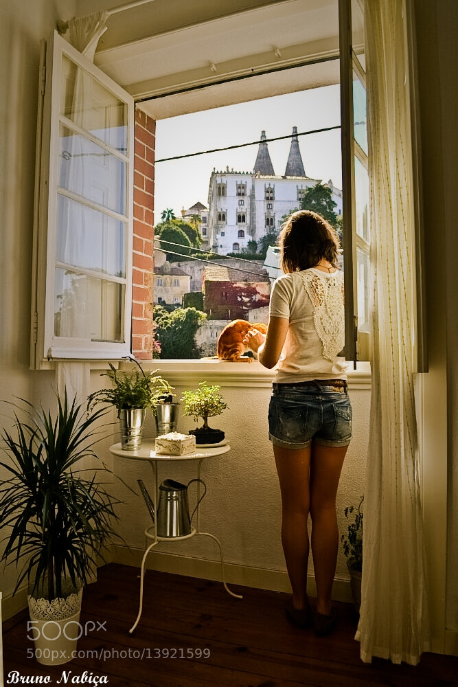 Photograph A Lady in Home - Sintra by Bruno Nabiça on 500px