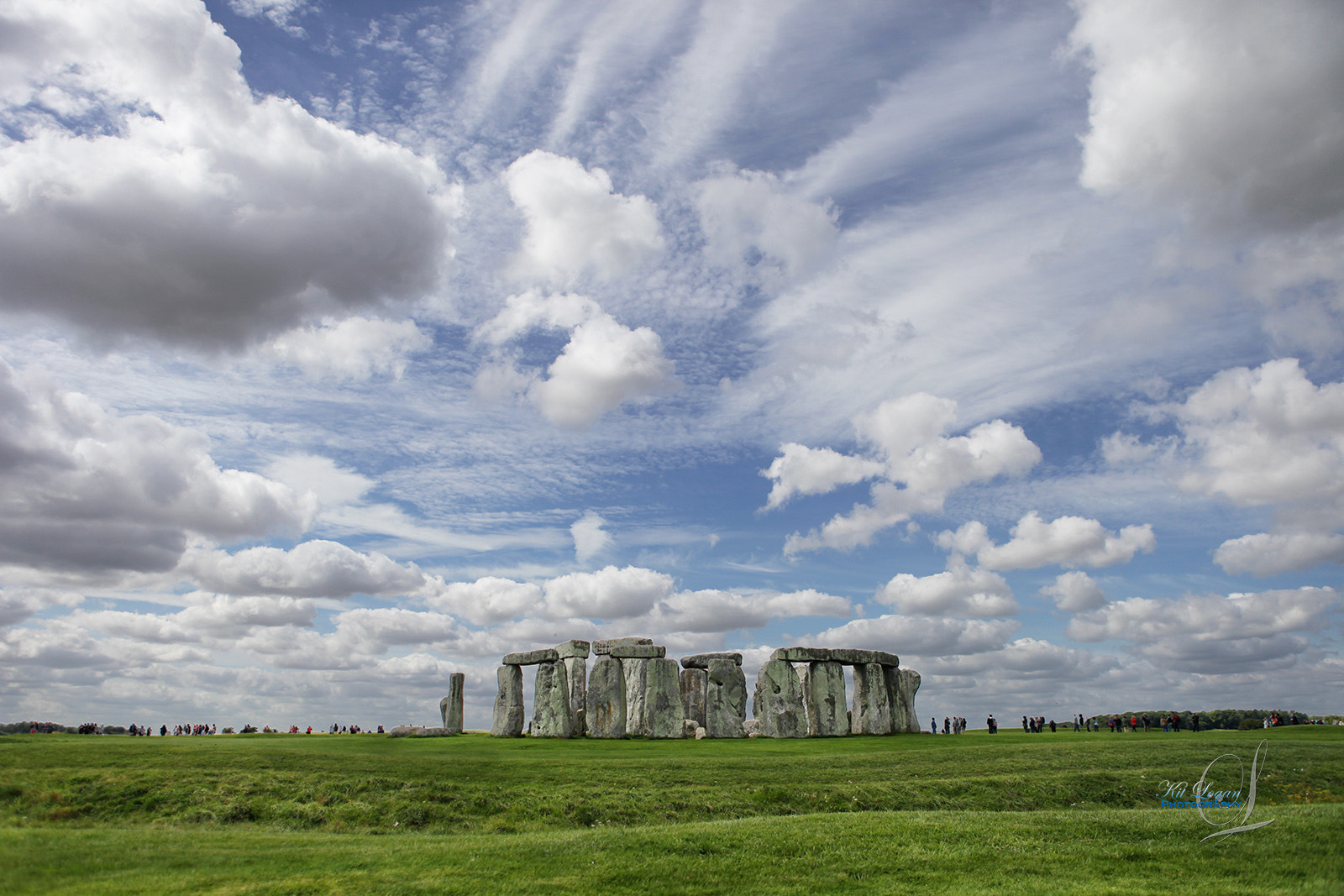 Photograph Stonehenge and sky by Kit Logan on 500px