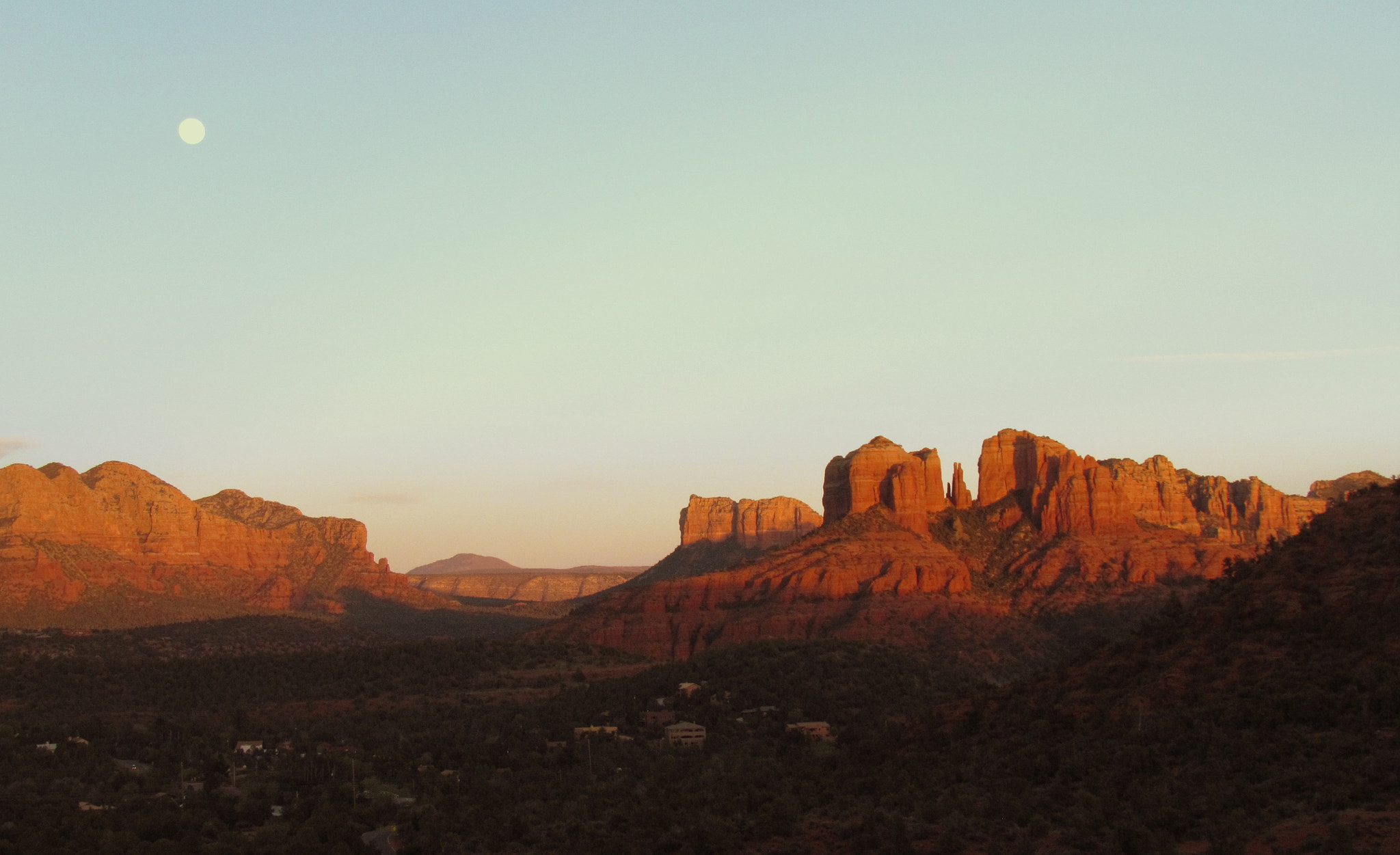 Photograph Cathedral Rock, Sedona, Arizona by Amélie Genois on 500px