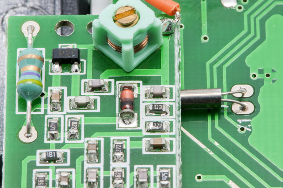 microcontroller board by Arnau ramos Oviedo on 500px.com