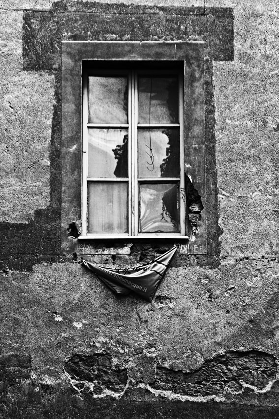 Photograph The closed window by Massimo Renzi on 500px
