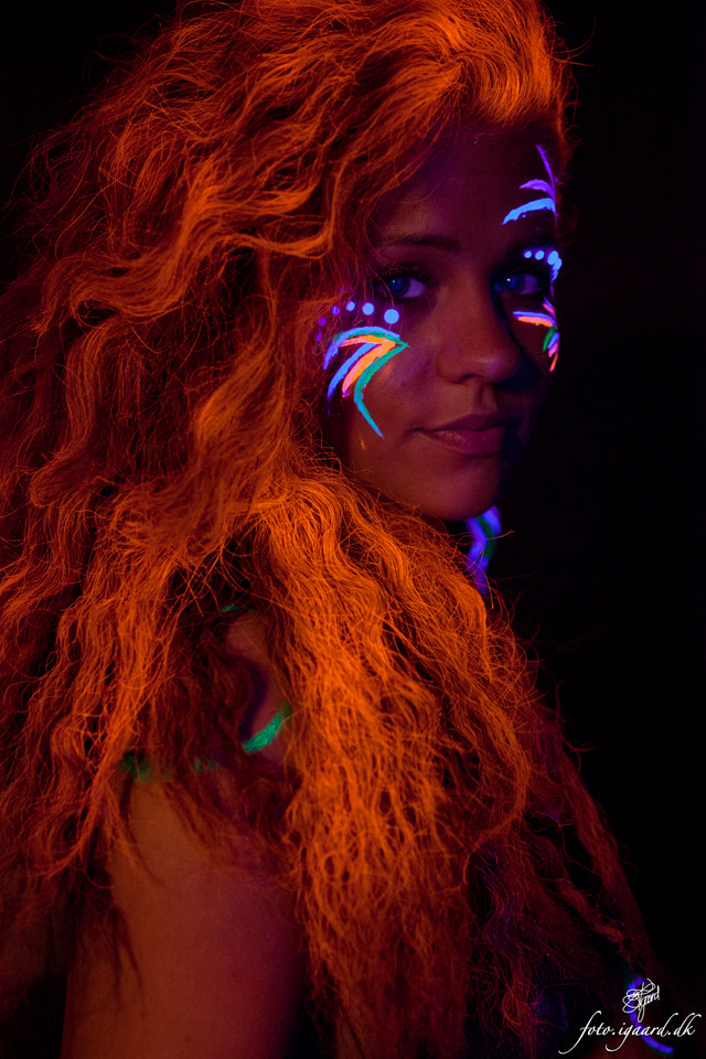 Photograph Shoot with UV paint and light 6 by Jan Igaard on 500px