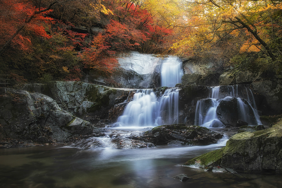 The stair waterfalls at Bangtesan Mt by jae youn Ryu on 500px.com
