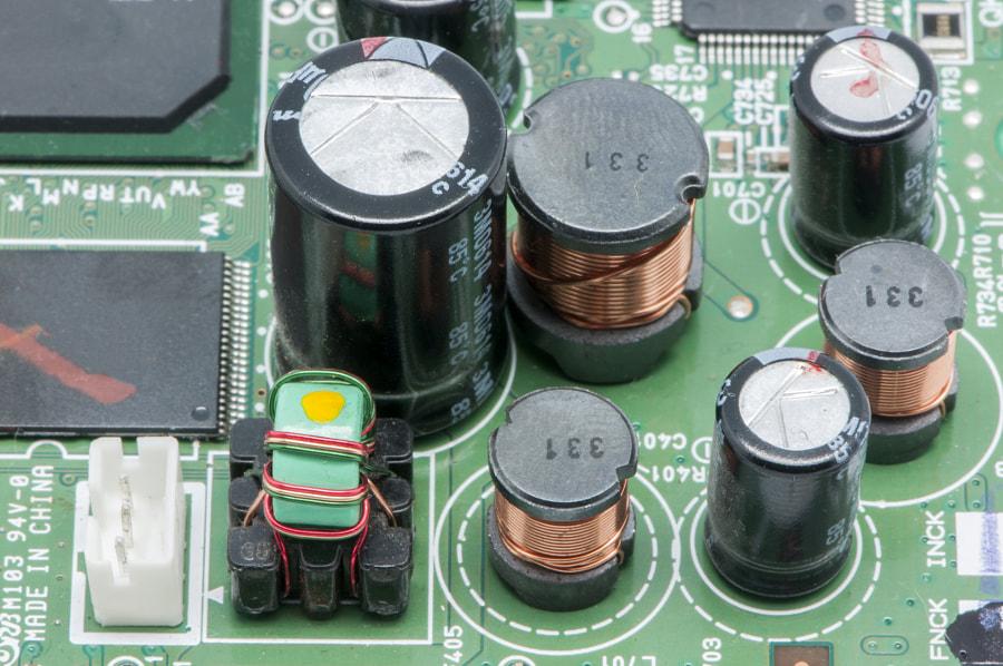 electrical circuit by Arnau ramos Oviedo on 500px.com