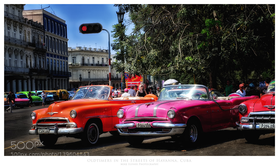 Oldtimers in the Streets of Havana, Cuba