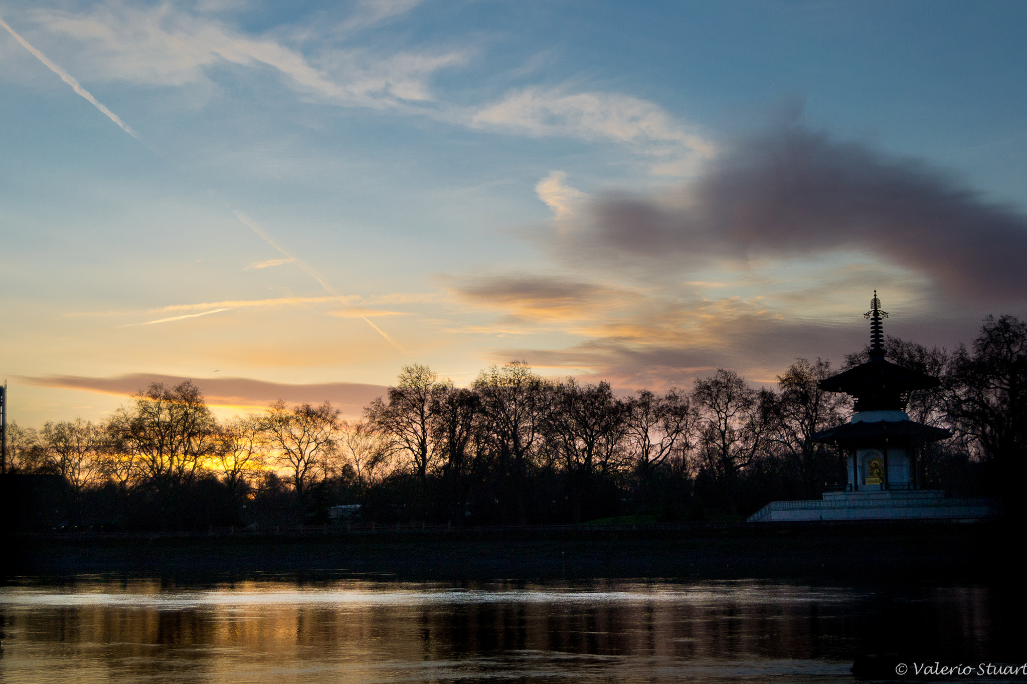 Photograph Sunset on the Thames by Valerio Stuart on 500px