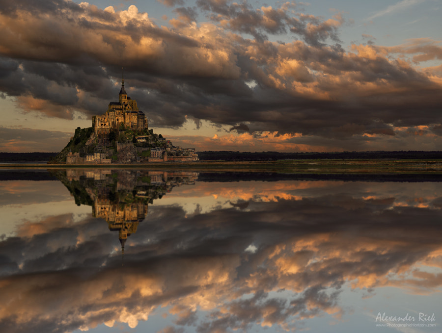 Floating Stronghold by Alexander Riek