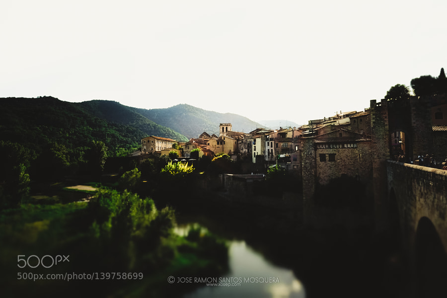 Getting away in Besalú