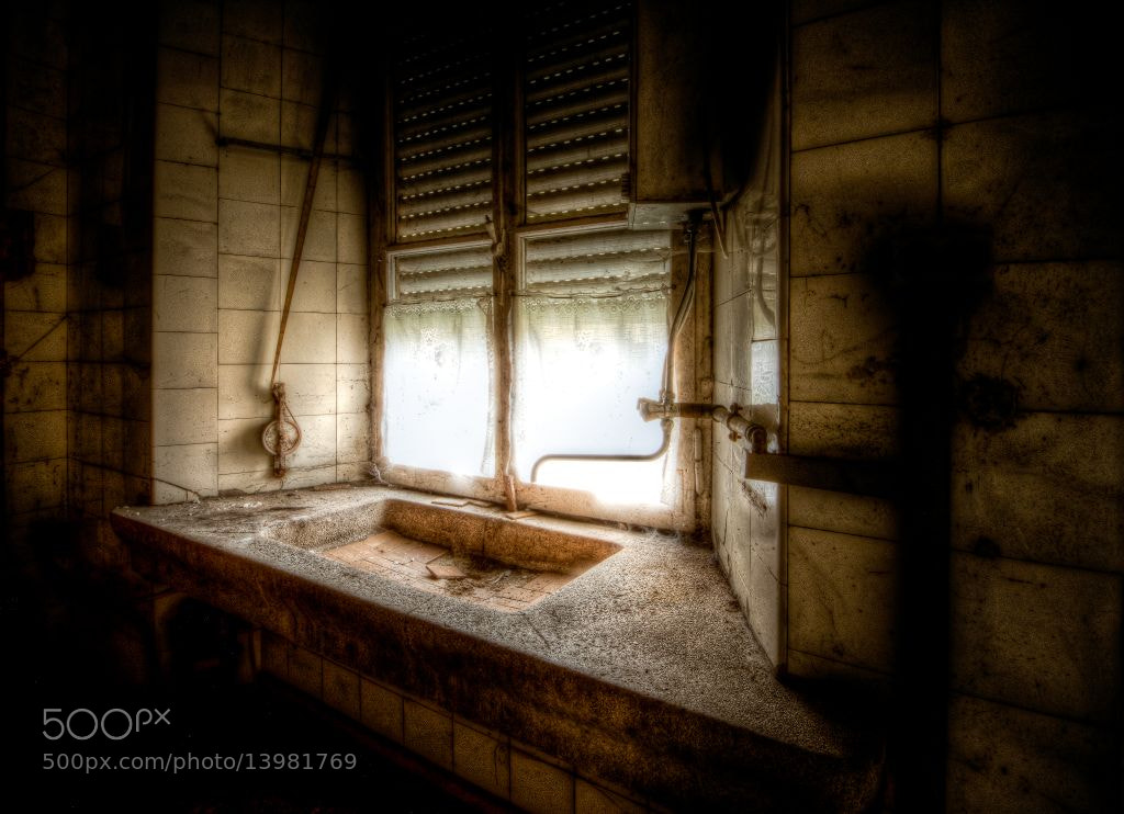 Photograph The Old Sink by Frank Quax on 500px