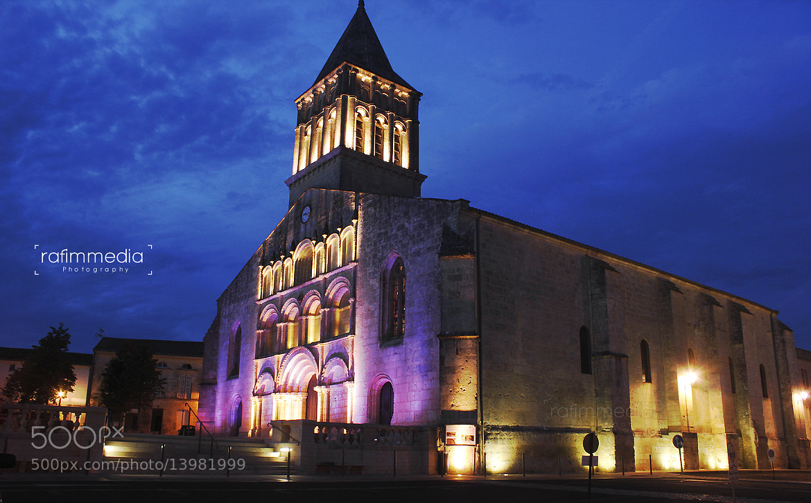 Photograph Eglise-Jonzac by Mohamed  Rafi on 500px