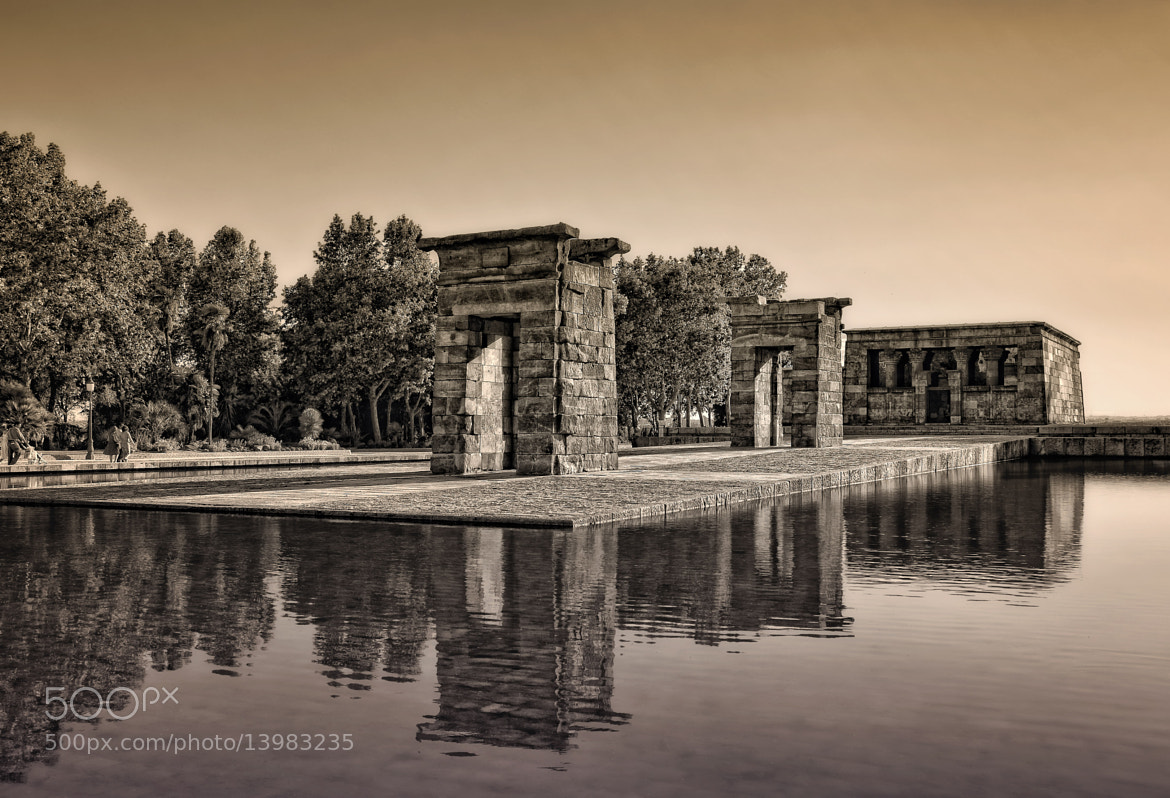 Photograph Debod by Rosa María Guijarro on 500px