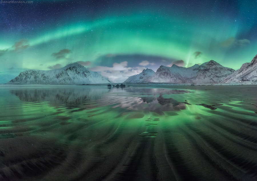 Aurora waves by Daniel Kordan on 500px.com
