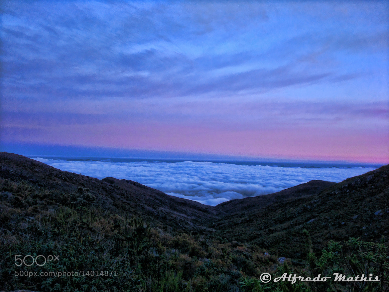 Photograph Mar de nuvens - Pico da Bandeira by Alfredo Mathis on 500px