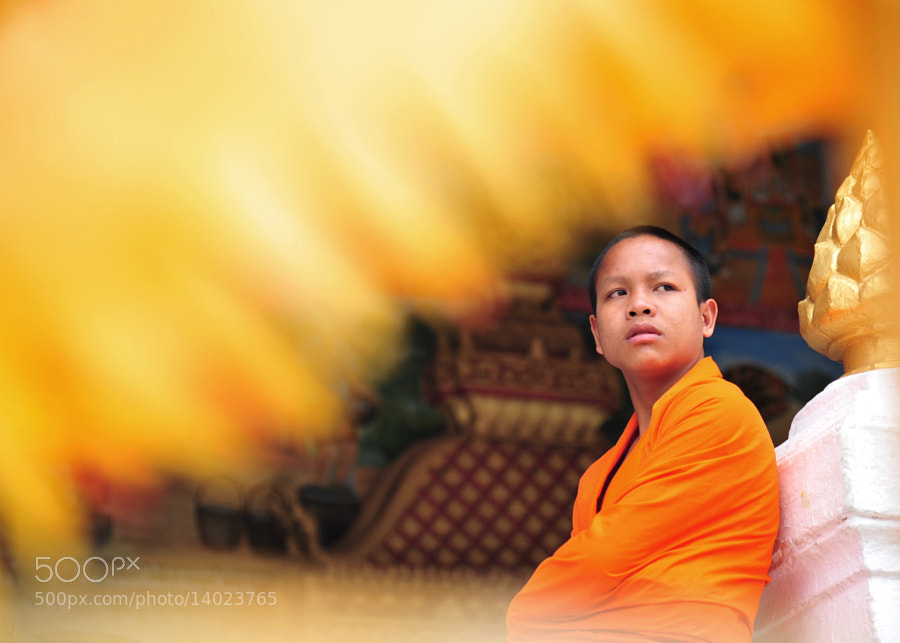 Photograph monk by Kritsana Pinaphang on 500px
