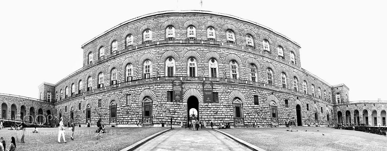 Photograph Palazzo Pitti by Éva Szombati on 500px