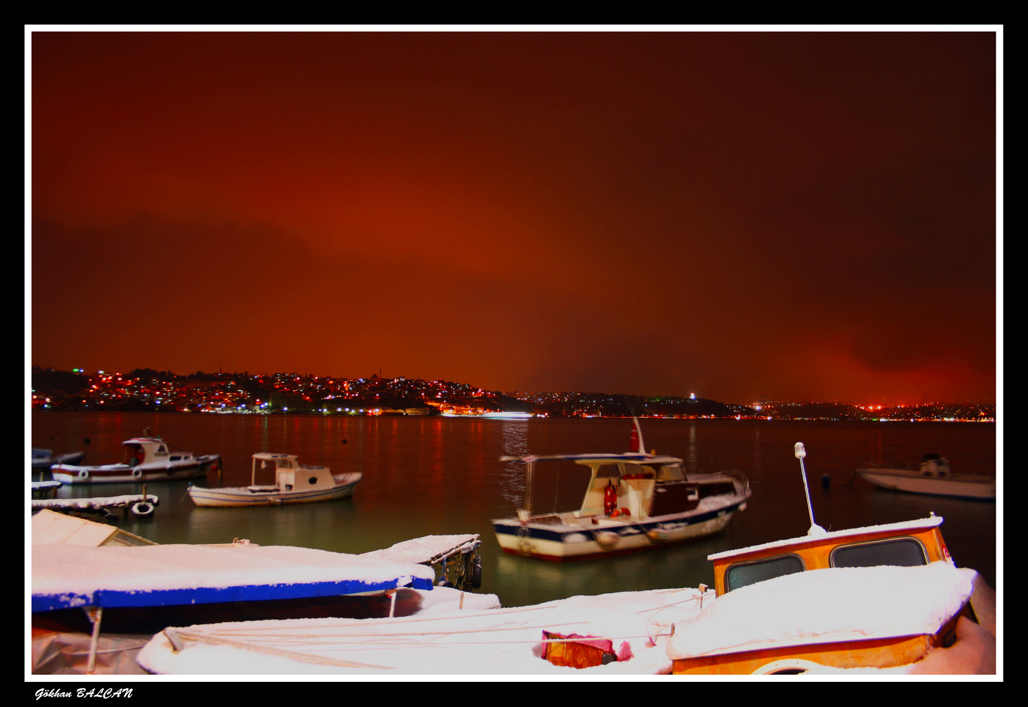 Photograph Red Night by Gökhan Balcan on 500px
