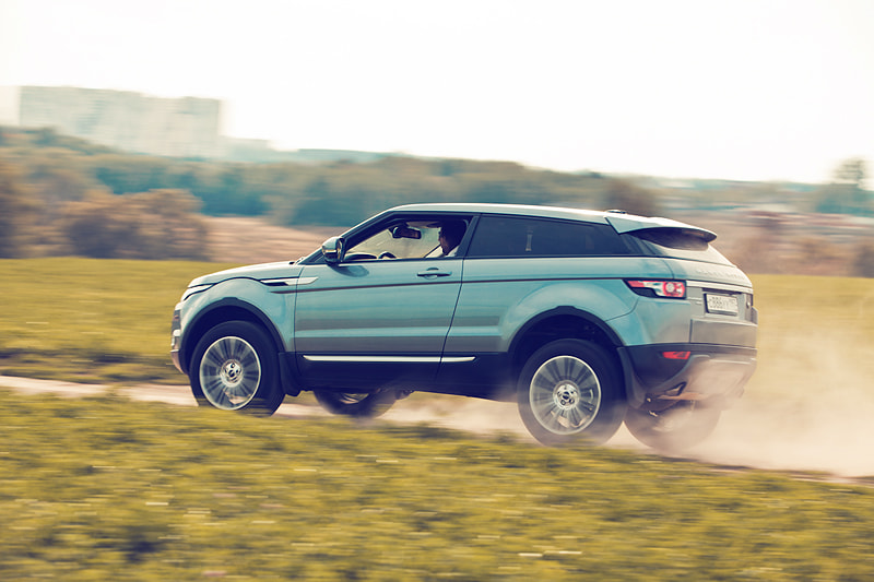 Photograph Range Rover Evoque by Nastas'ya Vandalkovskaya on 500px