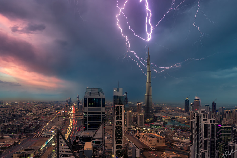 The LIghtning Burj Khalifah by Rustam Azmi on 500px.com