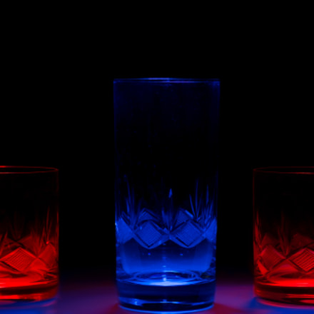 (8/52/16) Red and Blue Glass, Nikon D7100, Sigma Macro 50mm F2.8