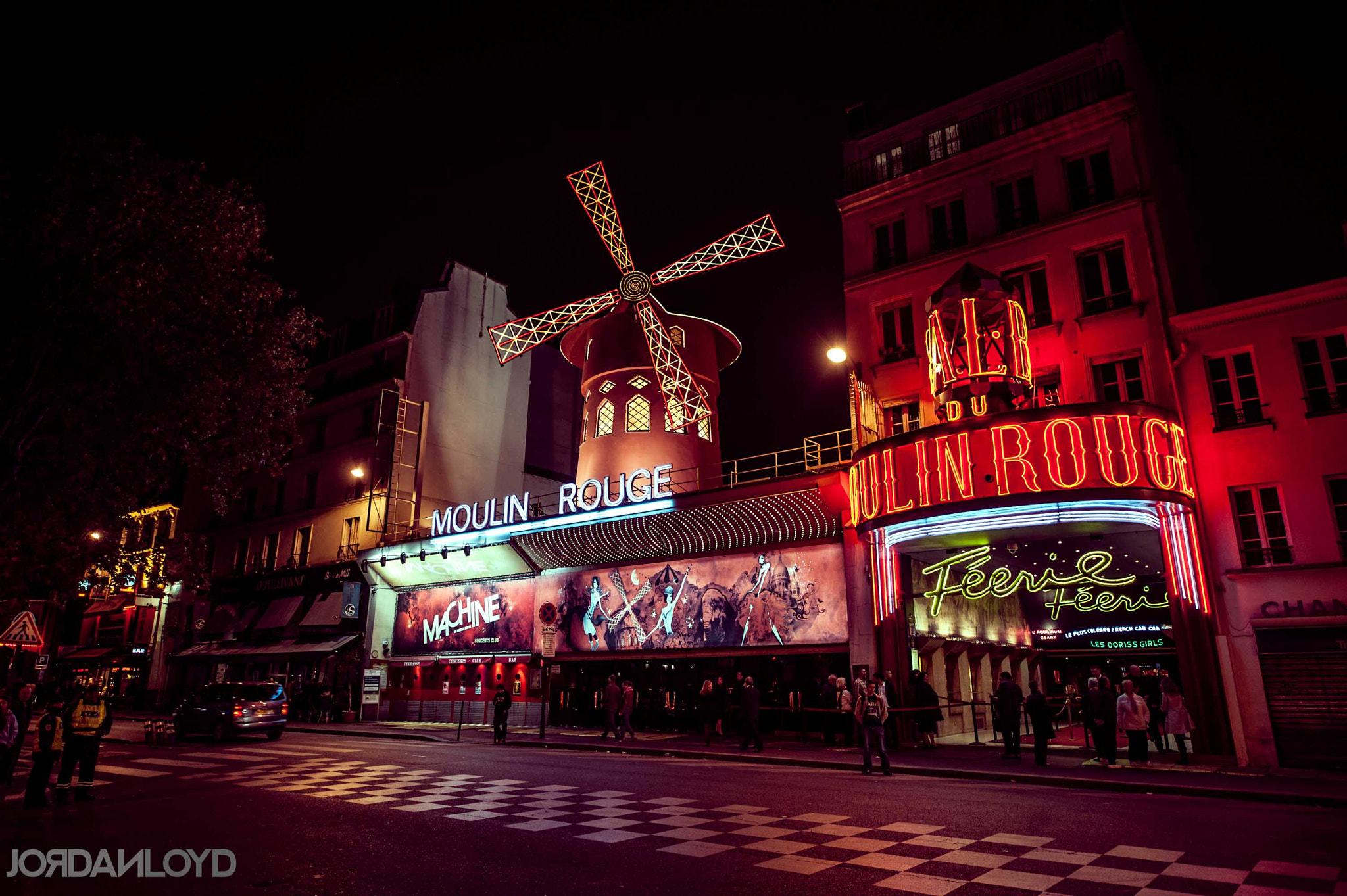 Photograph Moulin Rouge by Jordan Loyd on 500px