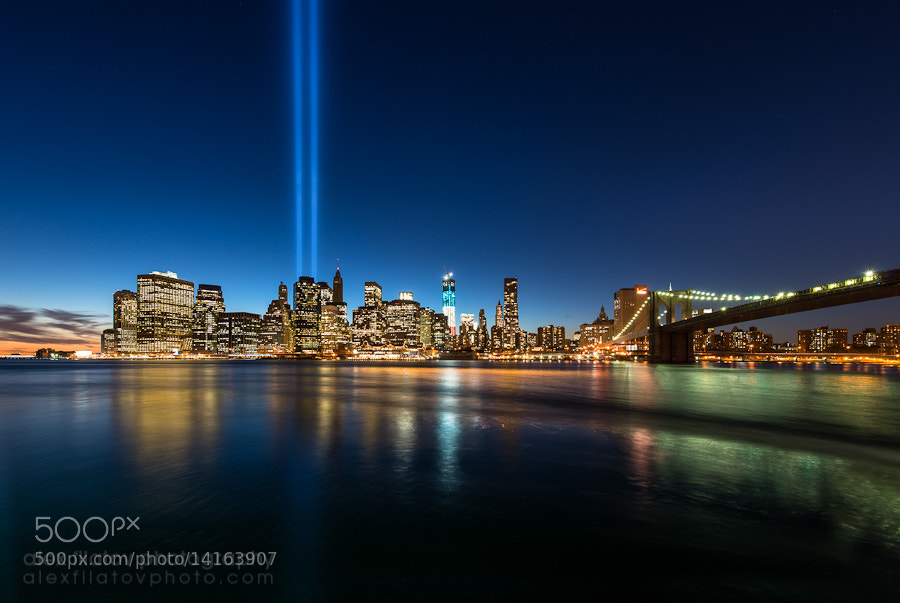 Photograph The Tribute in Light by Alex Filatov on 500px