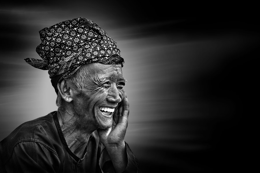 Photograph the Old Smile by Uda Dennie on 500px