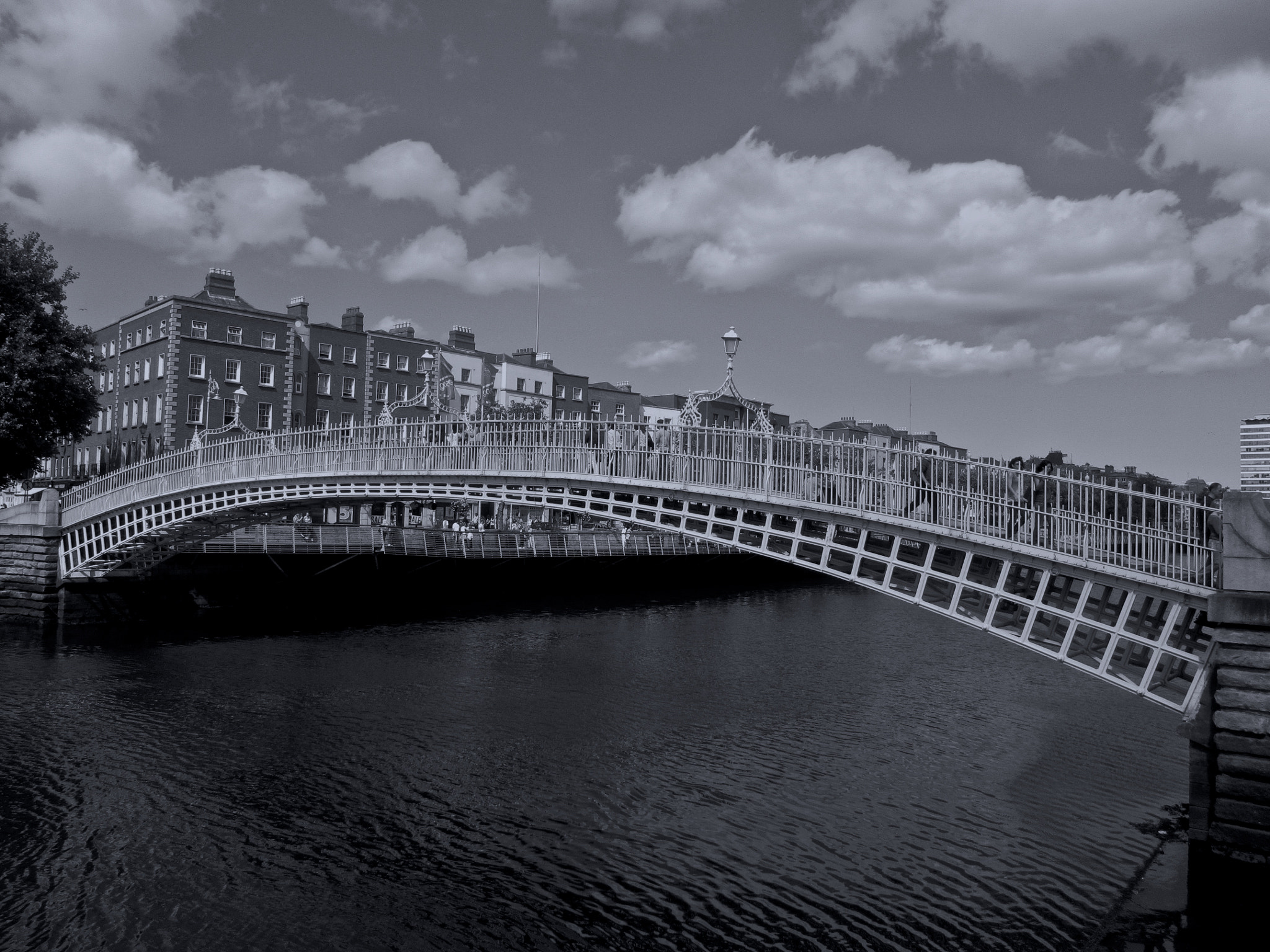Photograph Halfpenny Bridge Dublin by Audrey H on 500px