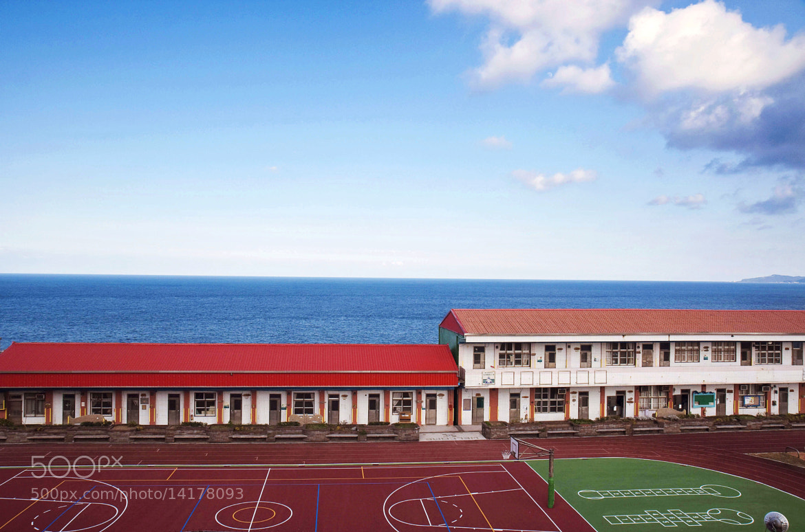 Photograph The school by Hanson Mao on 500px