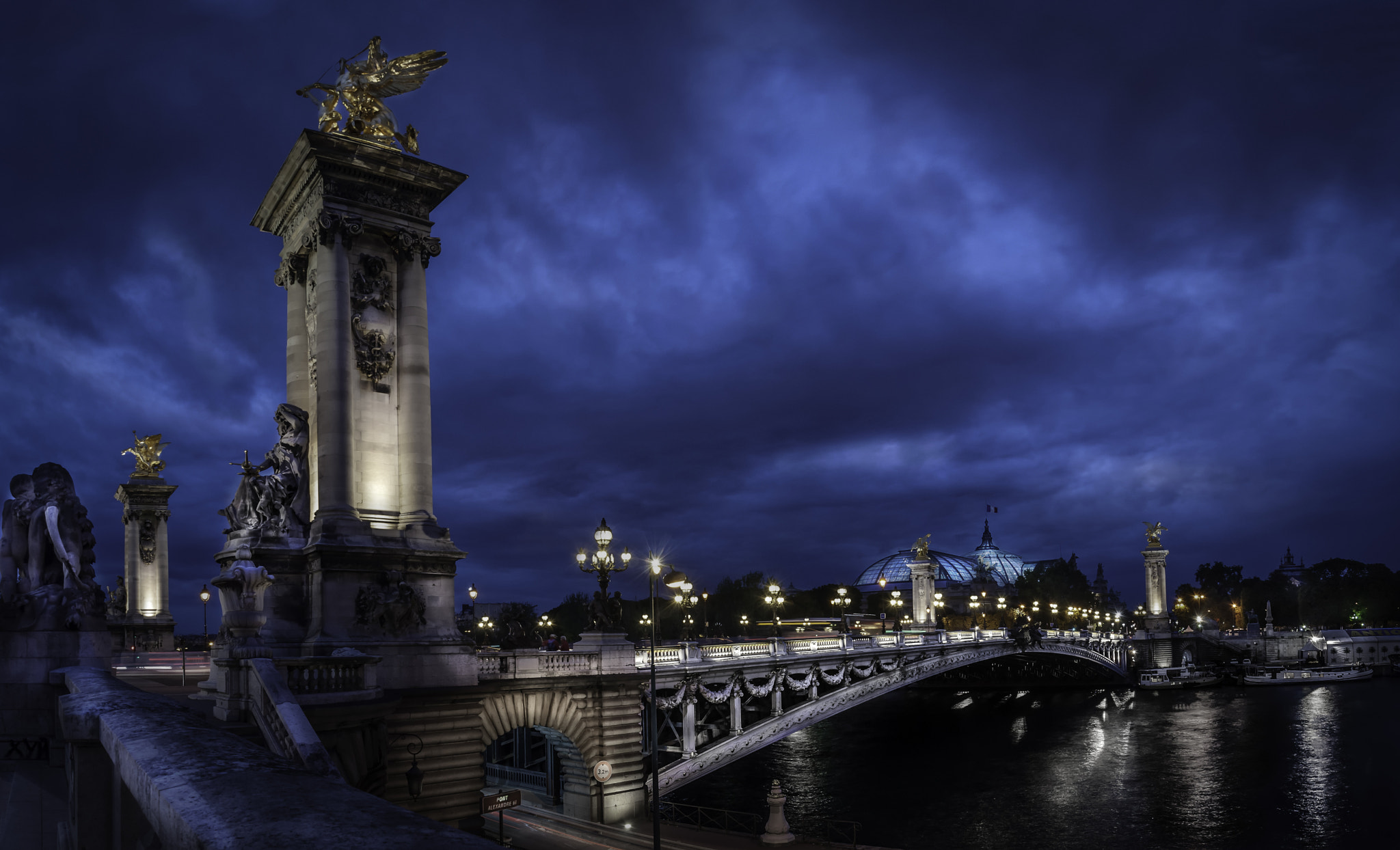 Photograph Paris - Pont Alexandre III by out Taguia on 500px