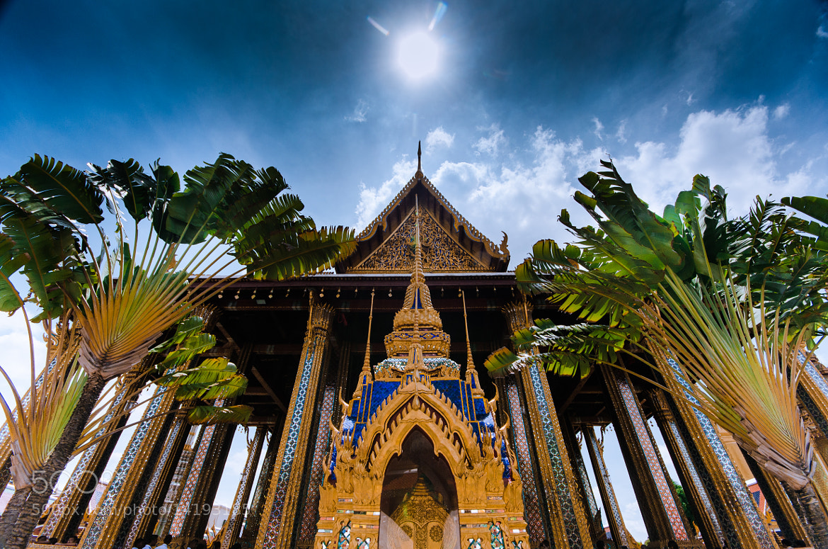 Photograph Grand Palace by Siwakorn Punyawatthananukool on 500px