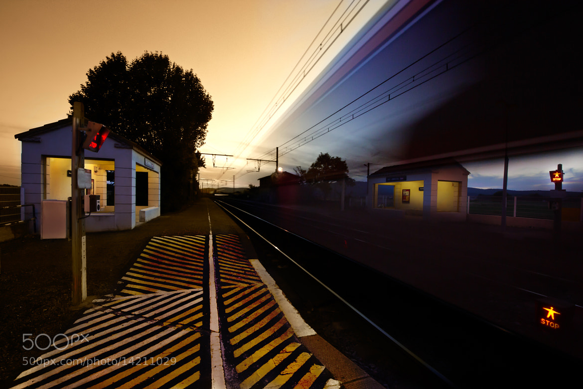 Photograph Gare de campagne by Olivier Tabary on 500px