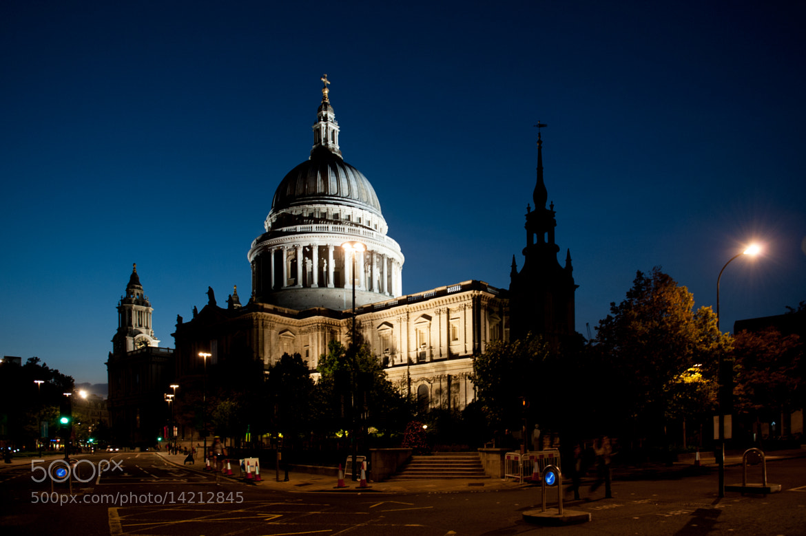 Photograph St. Paul's Cathedral in London by Hubert Mical on 500px