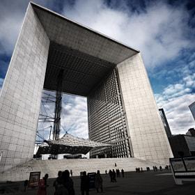 Arche de la Défense by Piotr Didyk (piotrdidyk) on 500px.com