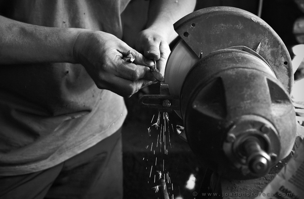 Photograph Knives, as once they were made by Joan Roca Febrer on 500px