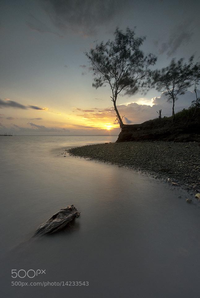 Photograph life at the edge by Ledon Jasper Samoranos on 500px