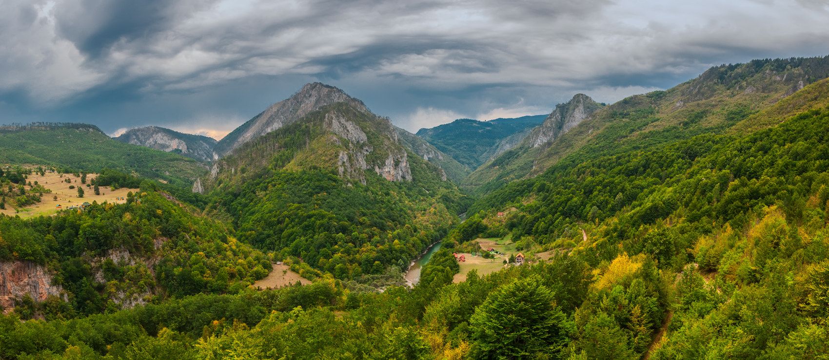 Photograph The valley by Sergey Shaposhnikov on 500px