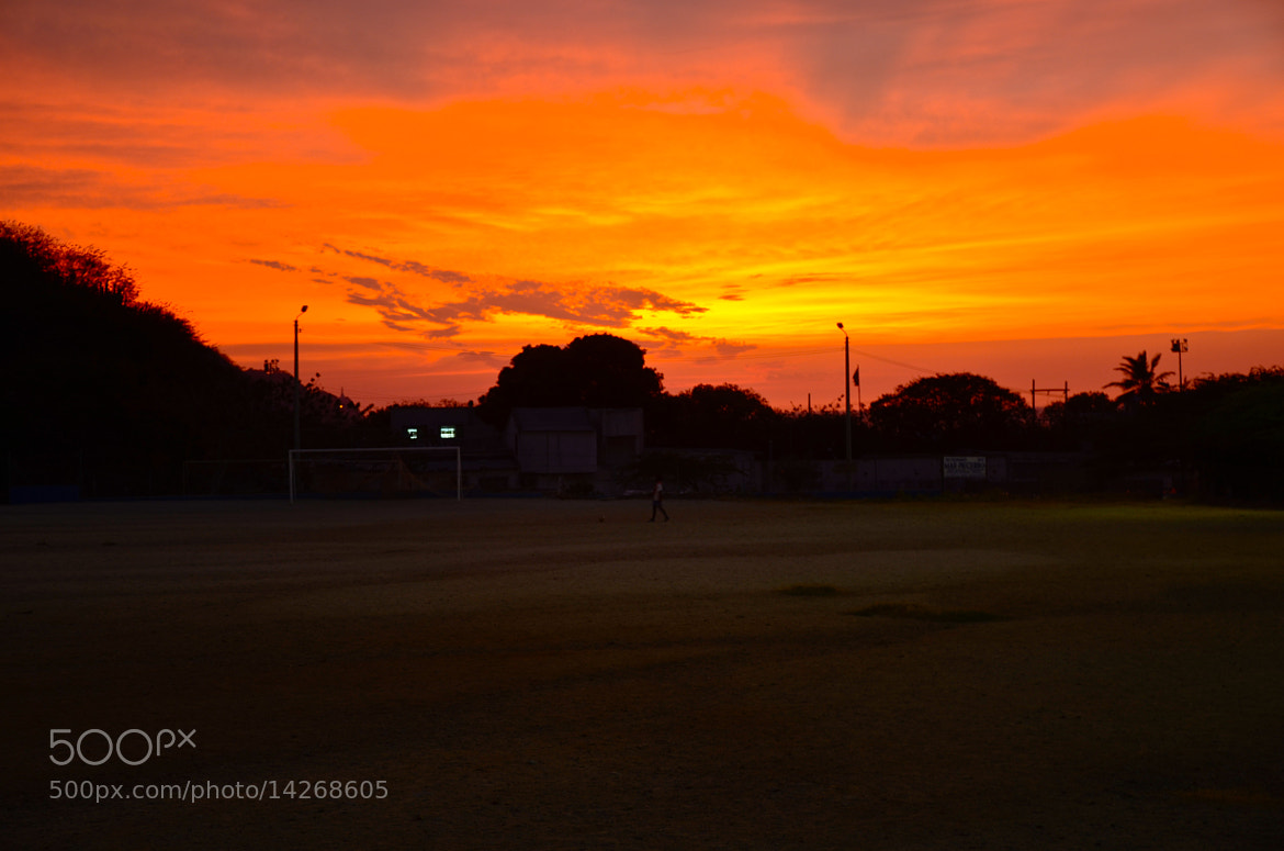 Photograph football court by Francisco  Pérez Phillips on 500px