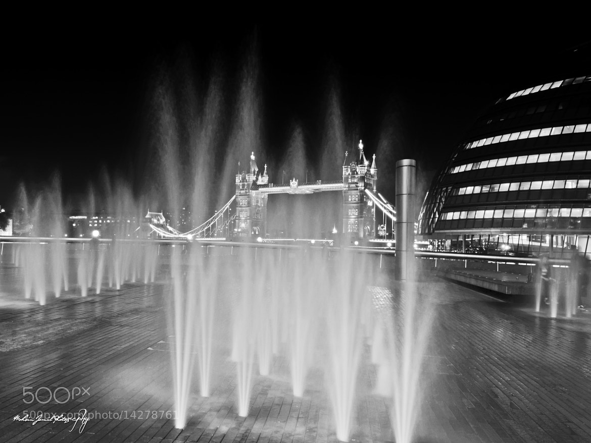 Photograph Tower bridge & fountain by Mohsin Jamil on 500px