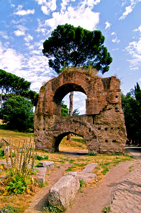 Photograph Ruins at Palentine Hill in Rome by Ragnar Gjemmestad on 500px