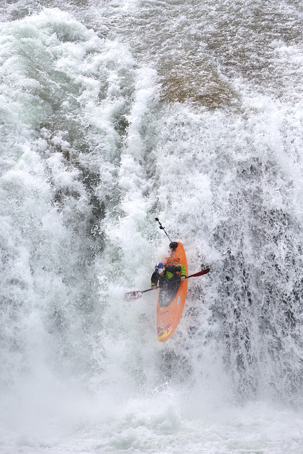 Rafael Ortiz kayaking in Chiapas, Mexico. by Red Bull Photography on 500px.com