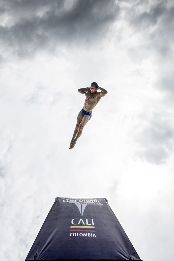 Michal Navratil diving at Red Bull Cliff Diving World Series in Cali, Colombia. by Red Bull Photography on 500px.com
