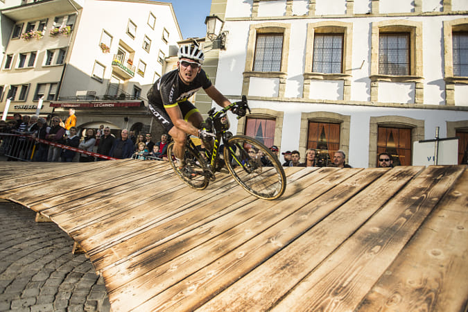 A competitor at the Red Bull Velodux in Estavayer-Le-Lac in Switzerland. by Red Bull Photography on 500px