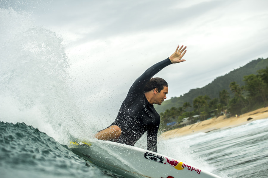 Jordy Smith Surfing in Hale