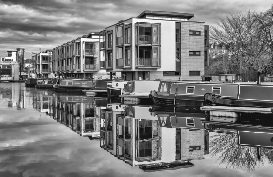 Union canal reflections 1