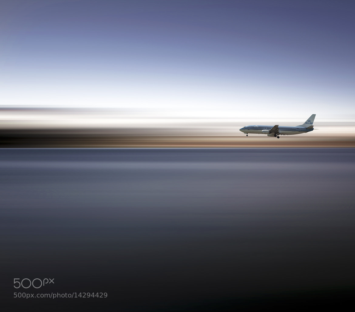 Photograph Landing by Marcus Lee on 500px